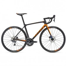 GIANT TCR Advanced 1 Disc-M18-carbon